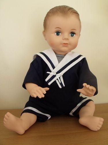 Petitcollin---Baigneur-Petit-Colin-marin-40-cm-brun-yeux-bl.jpg
