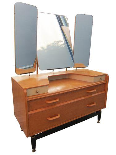 retro design scandinave hamdesign. Black Bedroom Furniture Sets. Home Design Ideas