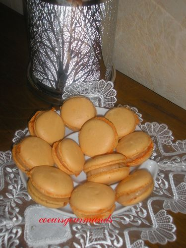 macarons-goyave-banane.jpg