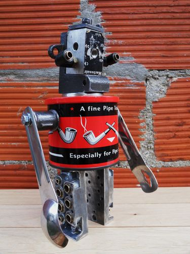recycled robot gille monte ruici