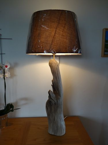 Lampe-bois-long--2-.JPG