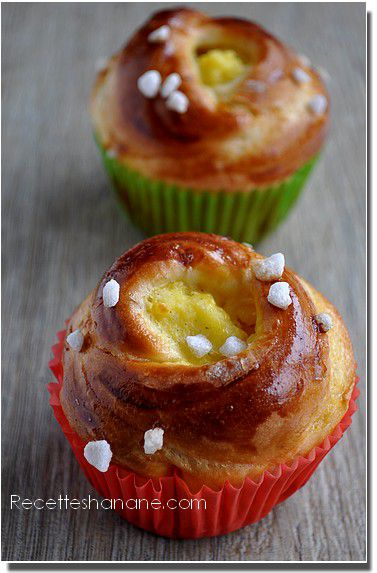 http://img.over-blog.com/377x573/2/38/78/89/aout-2012/brioche-creme-patissiere.jpg