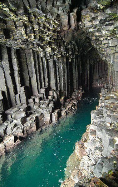Fingall-s-cave---Staffa---Catalyzing-change.jpg