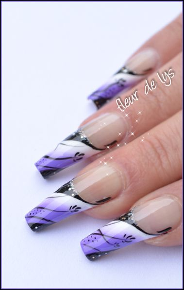 Nail Art French Lilas