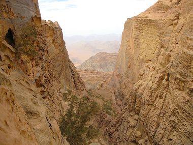 Wadi Rum 5-11 : descent sheikh de hamdan's route