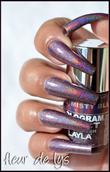 layla Hologram effect Collection3