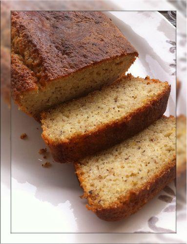 Cake fondant au yaourt citron noisettes1