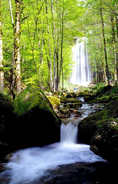 cascade herisson 4 grand jura