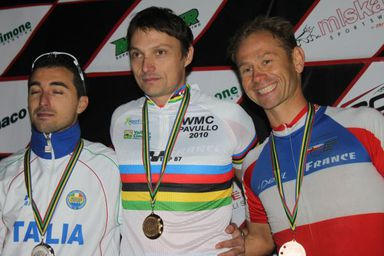 Podium-Masters.jpg