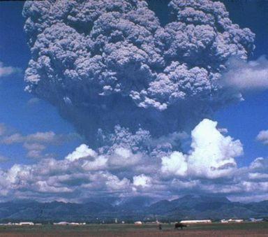 Pinatubo-juin-91-domaine-public-USGS.jpg