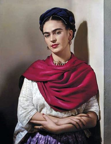 frida-with-magenta-rebozo-new-york-1939.jpg