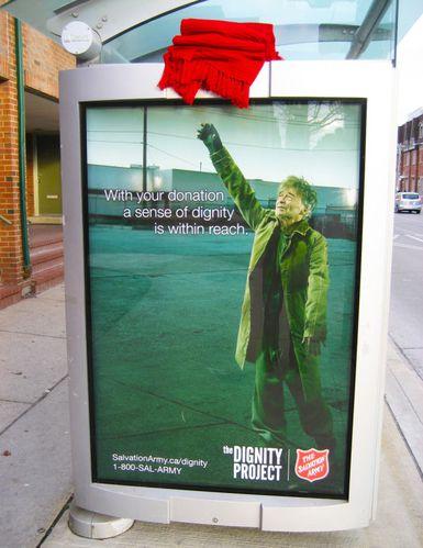 L-Armee-du-Salut-salvation-army-reach-soup-outdoor-afficha.jpg