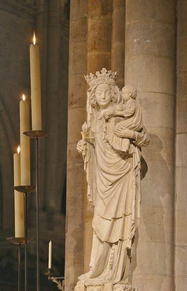 Notre Dame au pilier