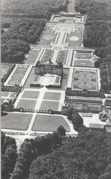 Vaux-le-Vicomte.jpg