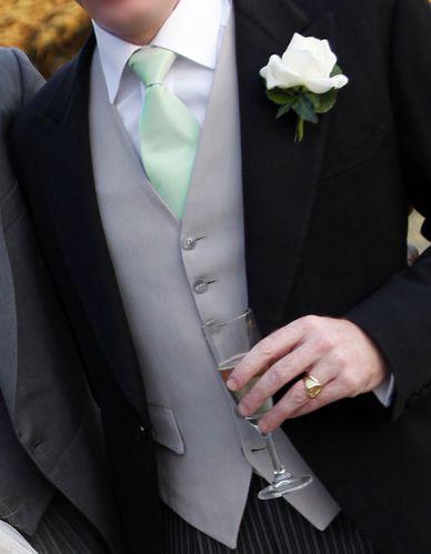 cravates taffetas amande 2