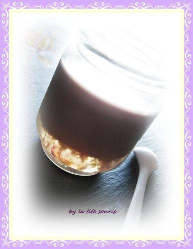 yaourt-a-la-violette.jpg