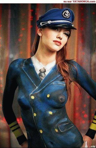 peinture-corps-humain-uniforme-img