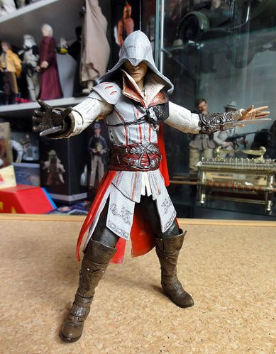 ASSASSIN CREED 2 EZIO 3 NECA