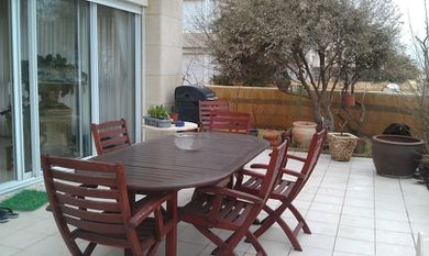 herzliya marina flat for rent for holidays
