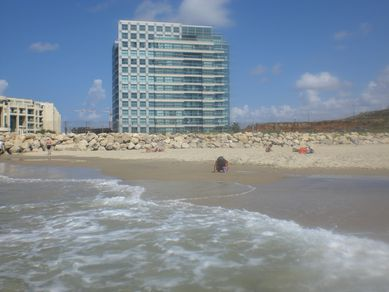 okeanos beach vacation israel herzliya apt