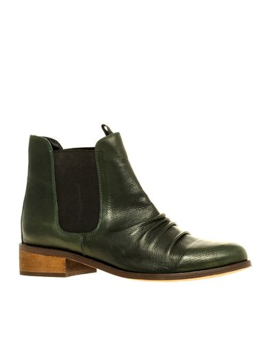 boots olive