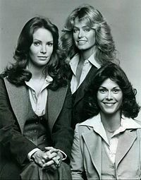 200px-Charlies_Angels_cast_1976.jpg