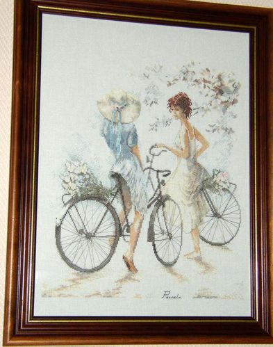 girls on bicycle Lanarte