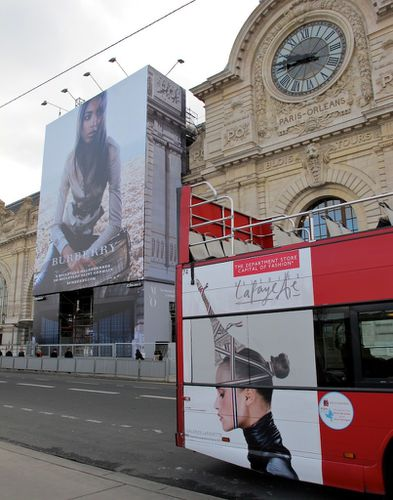 bche affiche gante Burberry Orsay 3
