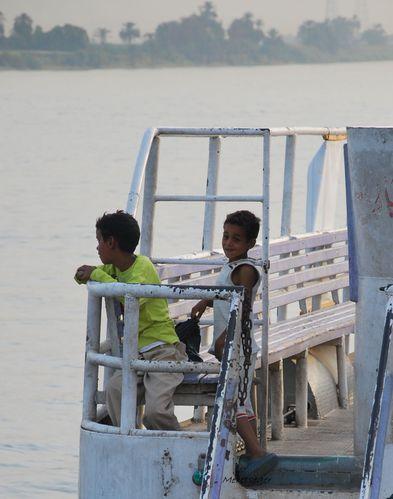 enfants au bateau (1)