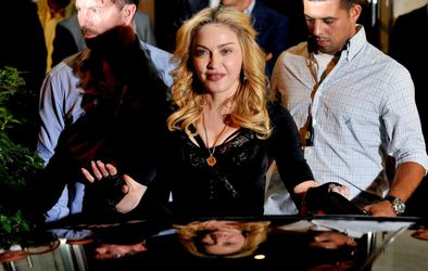 20130822-pictures-madonna-hard-candy-fitness-center-rome-19.jpg