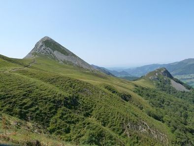 Puy-Griou-G---puy-grionou---Cantal-nature-copie-1.jpg