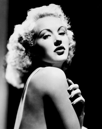 Betty-Grabble02.jpg
