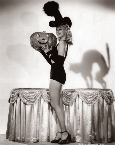 witch 1944 Adele Jergens Miss World s Fairest of 1939 witch