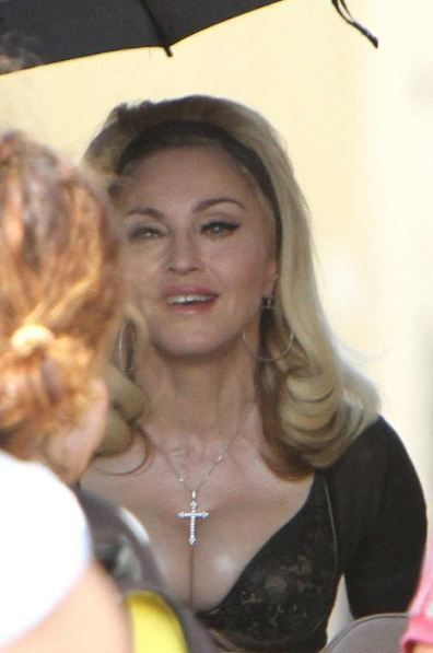 20120618-pictures-madonna-turn-up-the-radio-set-51