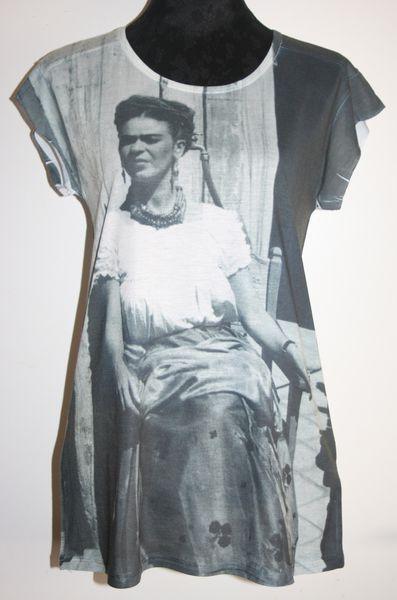 T-shirt-Frida-Kahlo-ZARA.jpg