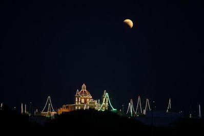 eclipse-lune-zejtun-malte.jpg