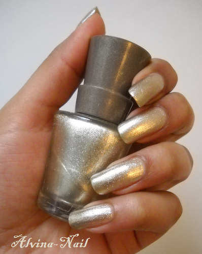 kind of gold, Alvina-Nail