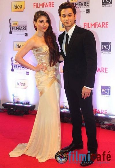 59th-Idea-Filmfare-Awards-Red-Carpet-6.jpg