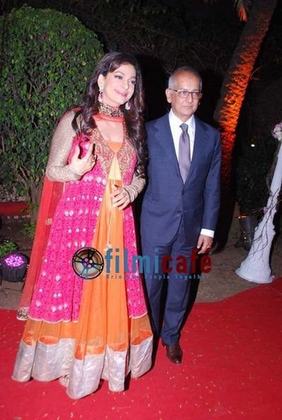 Ahana-Deol-s-Wedding-Reception-19.jpg