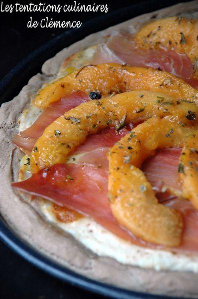 pizza-chevre-melon-et-jambon-cru.jpg