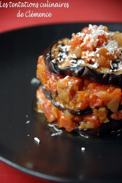 millefeuille-aubergines--tomate--chorizo-et-parmesan3.jpg