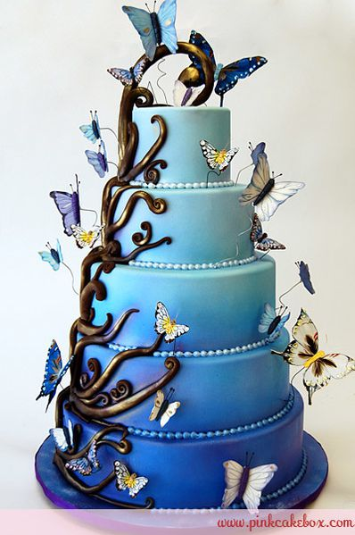 wedding cakes butterflies