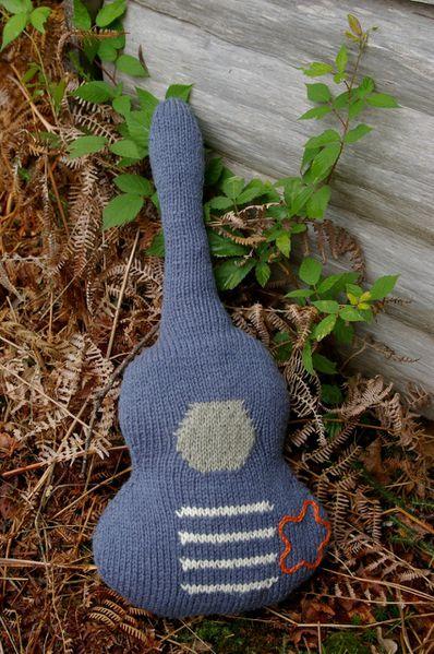 tricoter une guitare