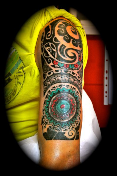 Recouvrement Ancien Tatouage Par Un Lotus Tribal Colore Le Blog