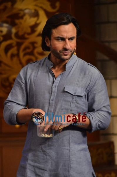 Saif-Ali-Khan-on-Comedy-Nights-with-Kapil-4.jpg