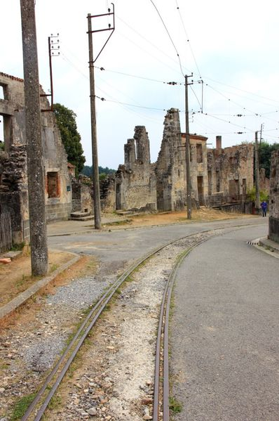 oradour sur glane un village martyr randoalsacevosges. Black Bedroom Furniture Sets. Home Design Ideas