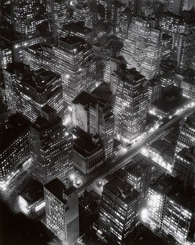 NYC--nightview--1932.jpg