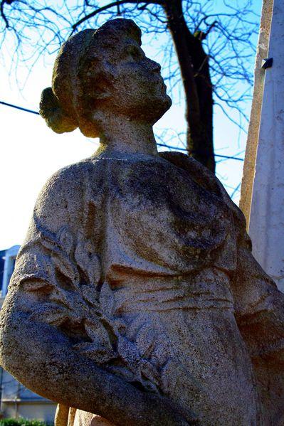 GQ6 Monument aux morts, Saint Gratien