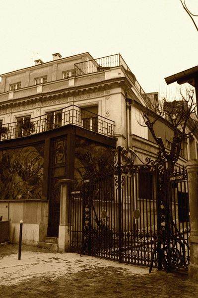 FE6 Avenue Frochot, Paris