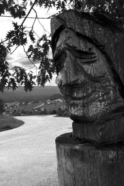 HU0 Totem, Saint Laurent